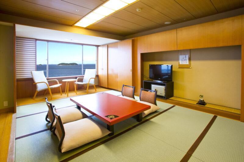 ホテル明山荘 和室